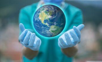 Covid: eliminare il virus o ridurre il rischio